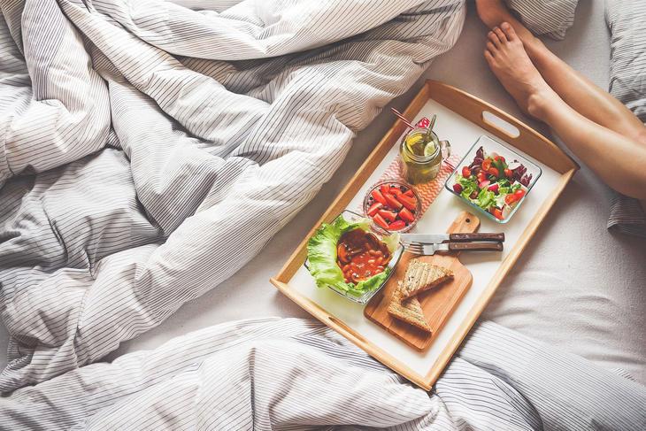 Frokost på sengen, foto: Pexels from Pixabay