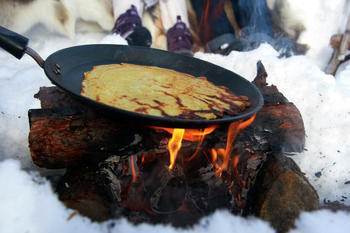 Pannekaker på bål!