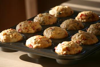 Matmuffins på brett, foto: mccun934 fra flickr